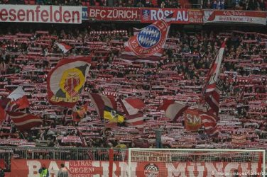 Coronavirus and sports: Bayern Munich and Borussia Dortmund look to return of fans