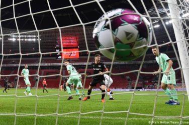 Entertainers Leverkusen defeat Gladbach in another Bundesliga thriller