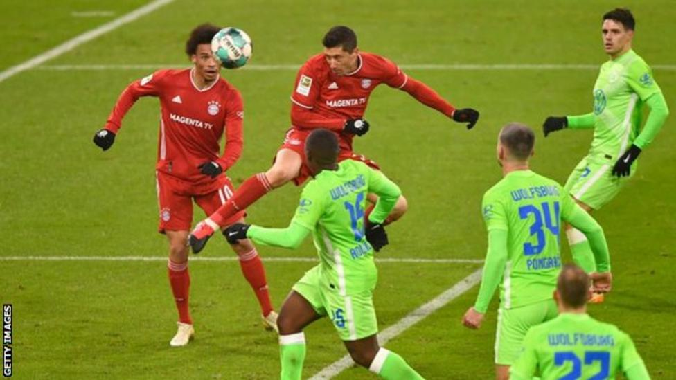 Bayern Munich 2-1 Wolfsburg: Robert Lewandowski passes 250 goals in Bundesliga